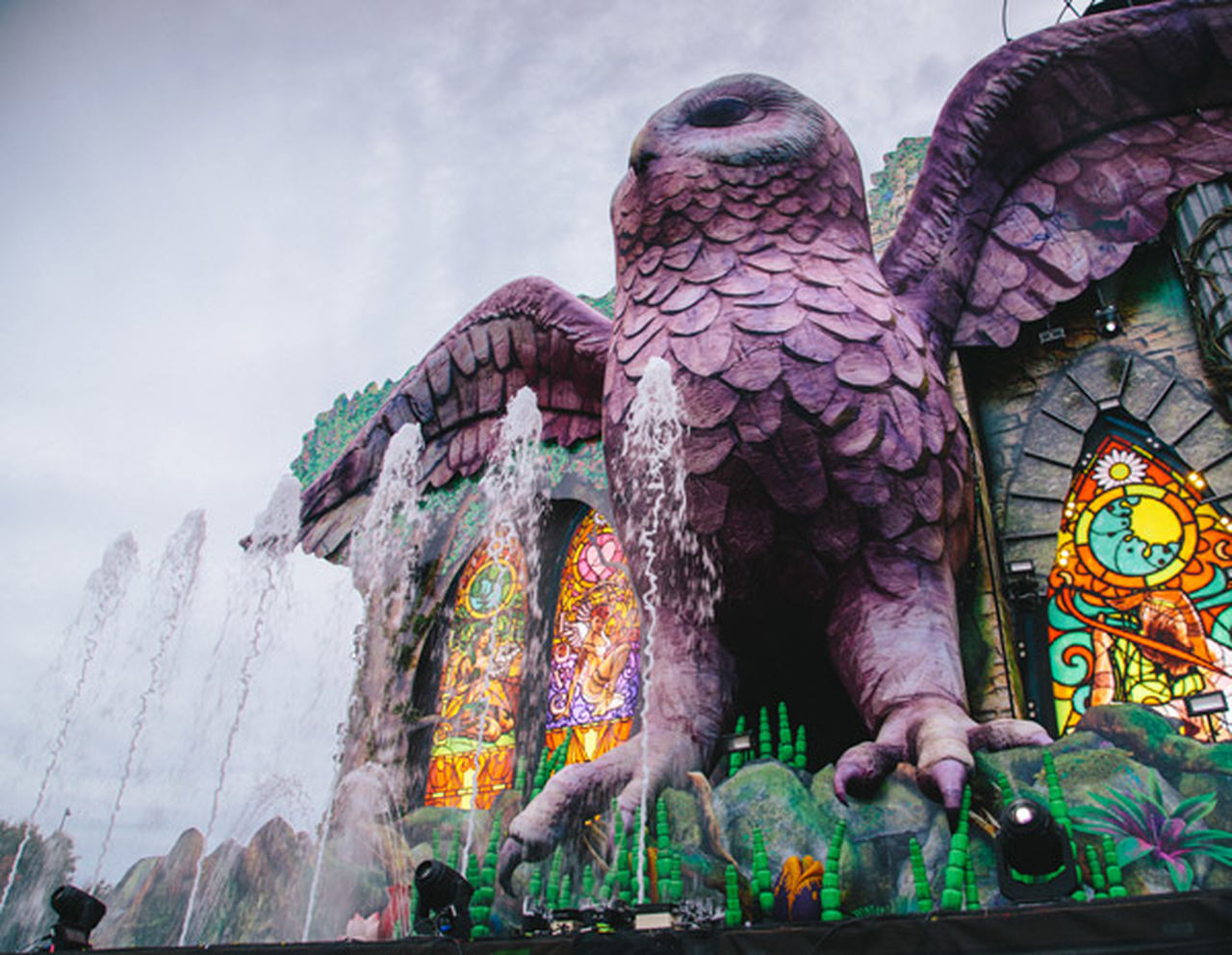 The owl at the EDC 2014 Kinetic Field stage