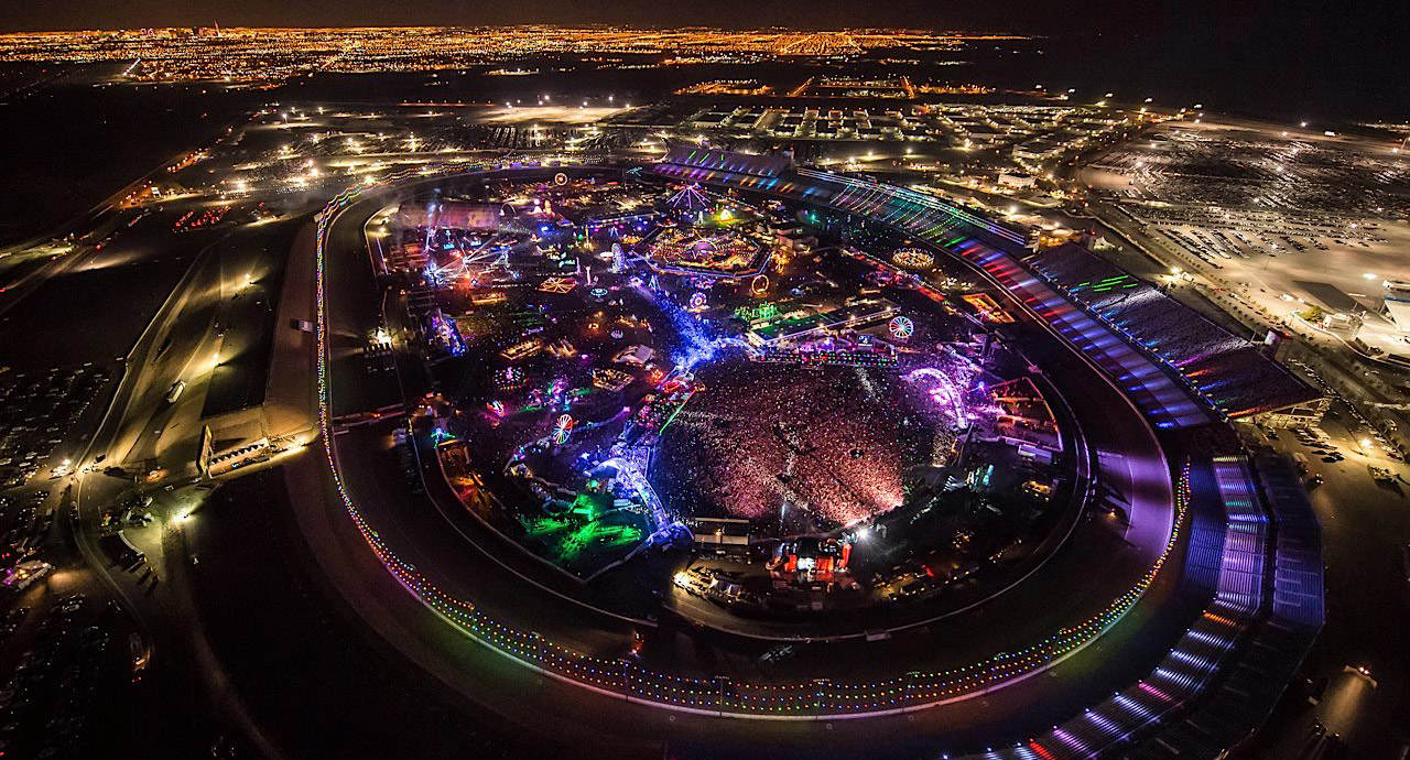 The birdseye over view of the complete EDC 2015 festival design