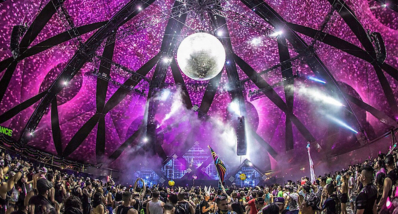The inside of the Neon Garden area at EDC 2016
