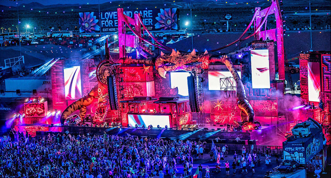 The Wasteland stage at EDC 2016 during the night