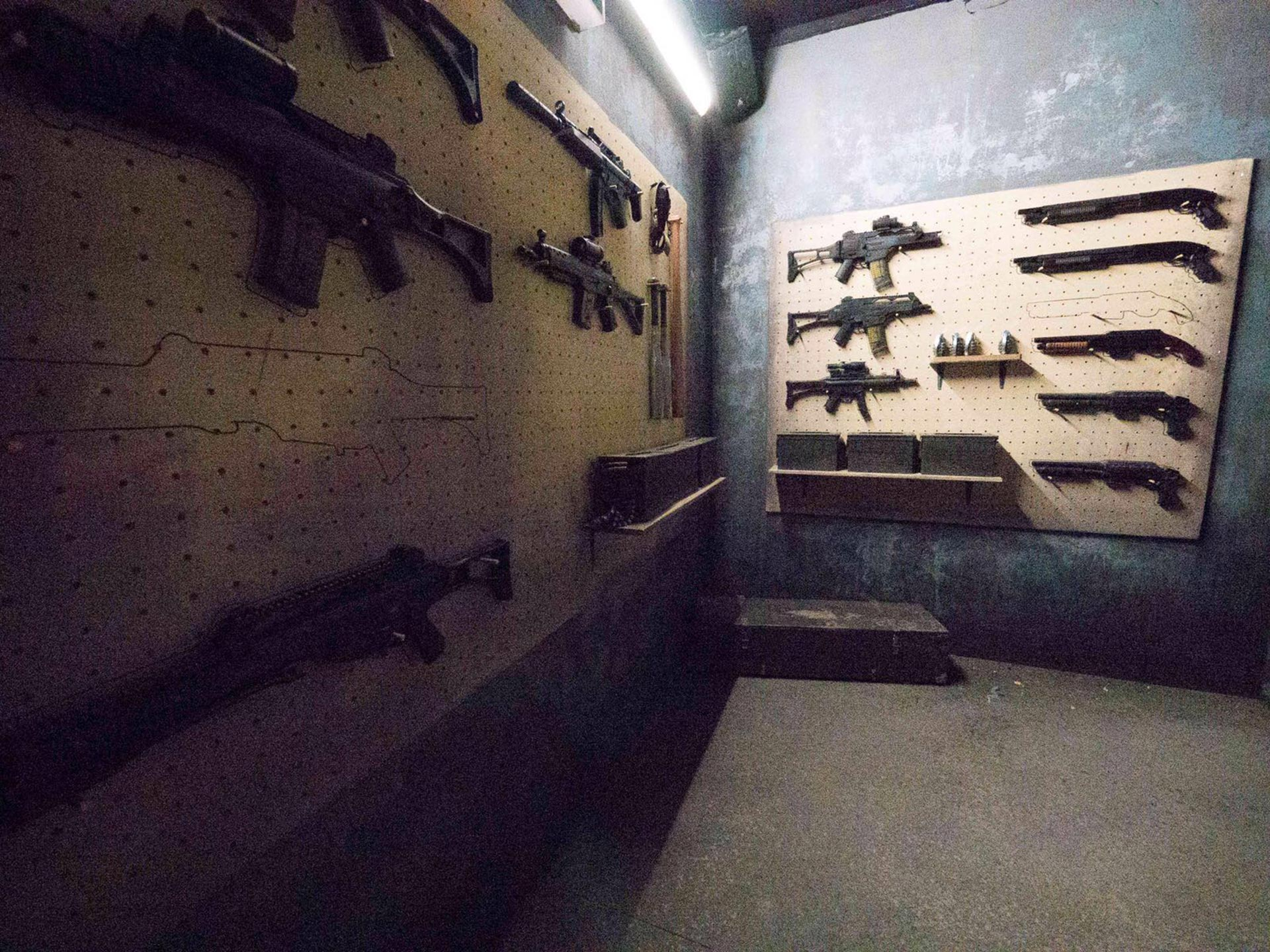 Weapon room of the Pack Haunted House at Traumatica Europa-Park