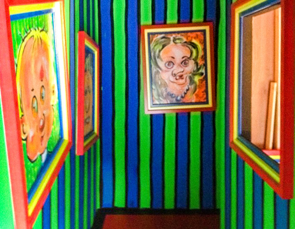 The painted hallway at the Mad House Haunted House in Walibi Belgium